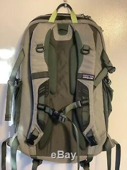 Patagonia Sweet Pack Vest Fly Fishing Backpack Combo Grey Green. Great Shape