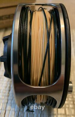 SAGE Fly Rod TCX 590-4 with 3850CF Performance WF-5-F/S Fly Reel